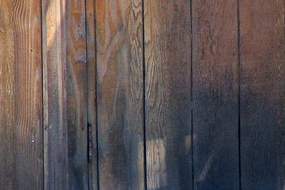How to Remove Cedar Mold - From Wood Siding