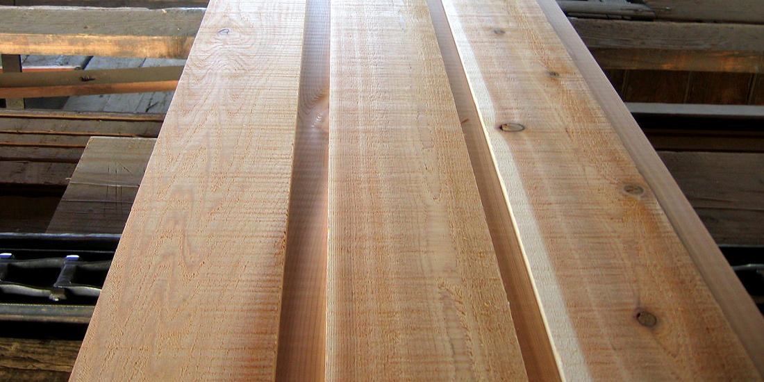 CHANNEL RUSTIC LAP CEDAR SIDING -JUST MILLED EXAMPLE OF SMOOTH FACE NEAR CLEAR AND STK GRADES