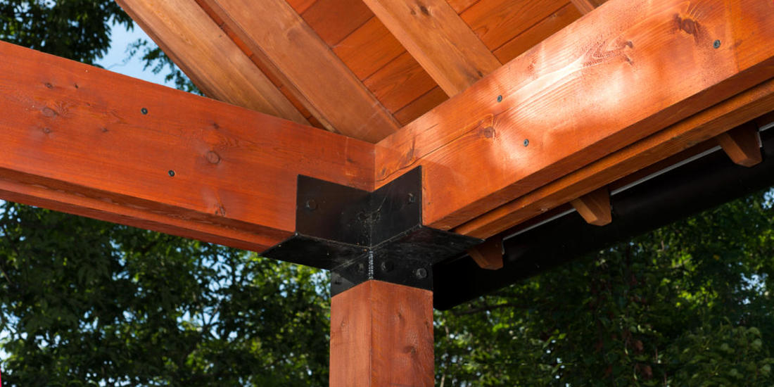 CEDAR LUMBER PORCH WITH 3X6 DOUBLE RED CEDAR BEAMS & 6X6 CEDAR POSTS
