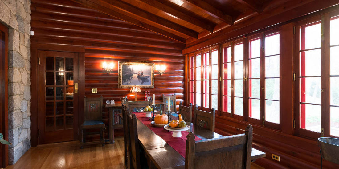 2x10 CEDAR LOG PANELING - DINING ROOM IN NEW YORK