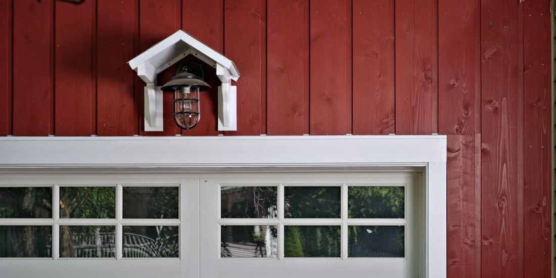 1x10 CHANNEL RUSTIC LAP CEDAR SIDING STK GRADE FACTORY PRIME PAINT BARN RED HOME IN KENTUCKY
