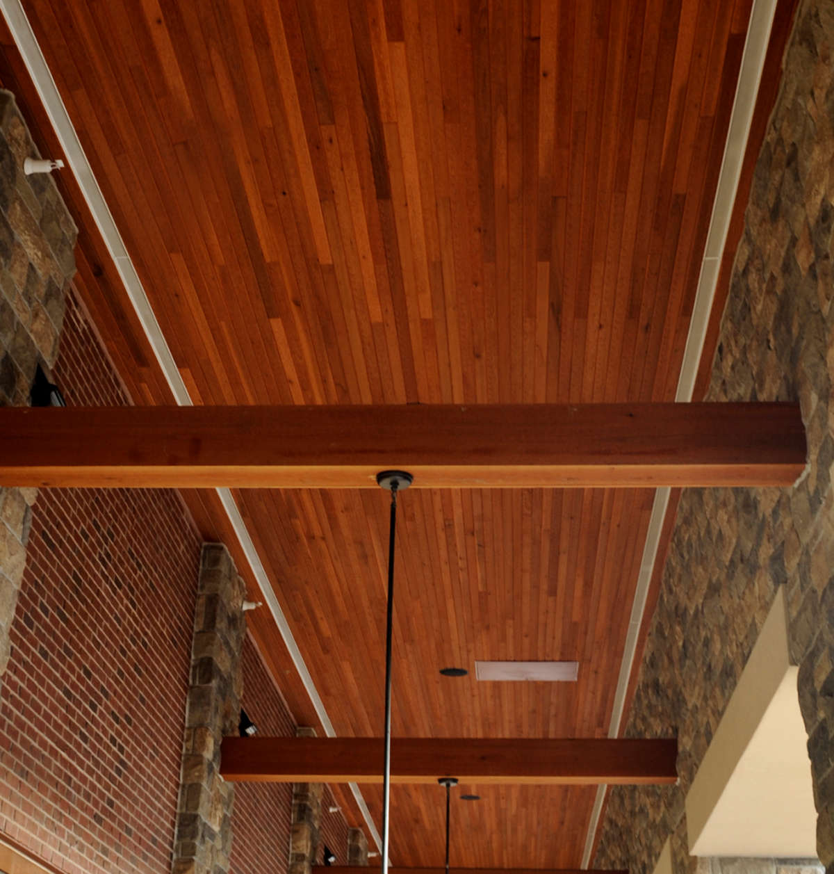 1x4 T&G Cedar Ceiling Soffit with large cedar beam accents