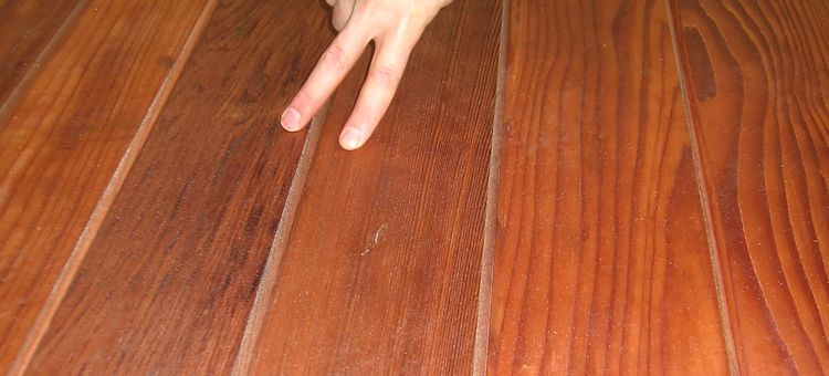 example of All Heart Redwood Siding mixed grain boards